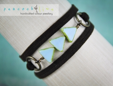 triangle-czech-glass-blue