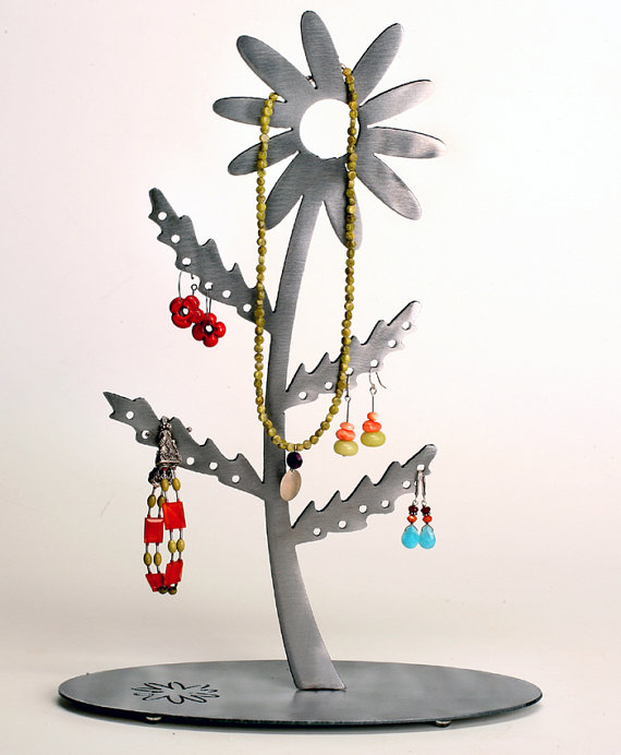 darling daisy earring tree by earthstudiometalart