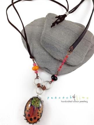 madagascar-sunset-moth-necklace-5