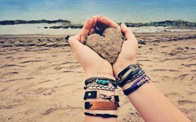 sand-heart-&-wrap-bracelets-by-peacock-&-lime